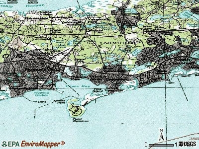 West Yarmouth topographic map