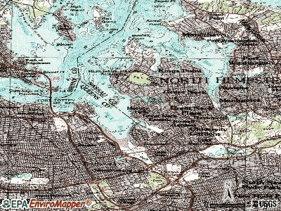 Saddle Rock topographic map