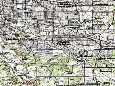 Maple Heights topographic map