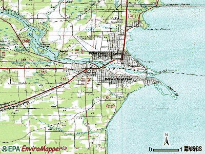 Marinette topographic map