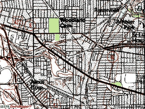 Zip code 44104 topographic map